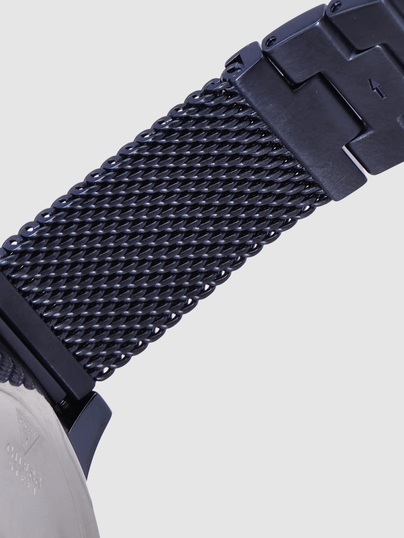 GUESS Men Navy Blue Diamond-Studded Analogue Watch W0297G2